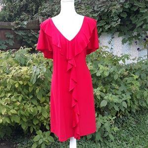 Red center ruffled lightweight small sleeved dress